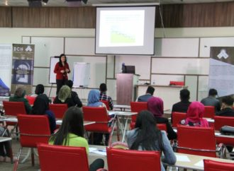 "A Workshop on ""Principles of Academic Writing: How to Write Effective Essay Papers"""